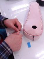糸切り作業